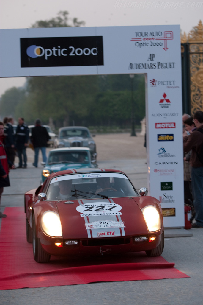 The start in Paris    - 2009 Tour Auto