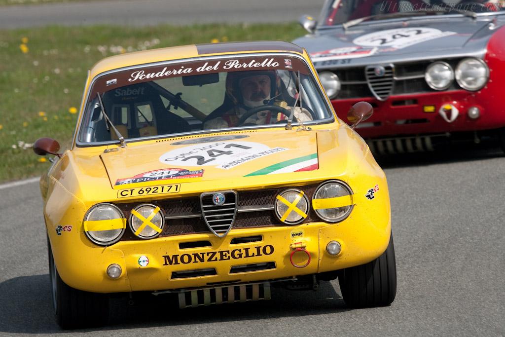 Alfa Romeo Giulia 1750 GTAm   - 2010 Tour Auto