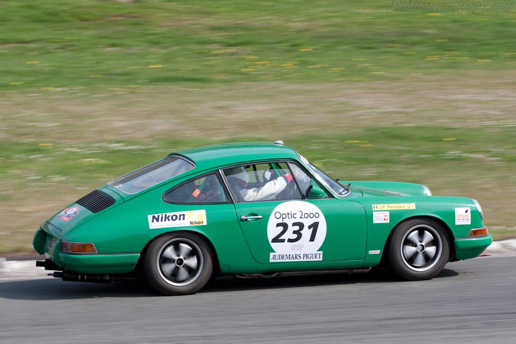 Porsche 911    - 2010 Tour Auto