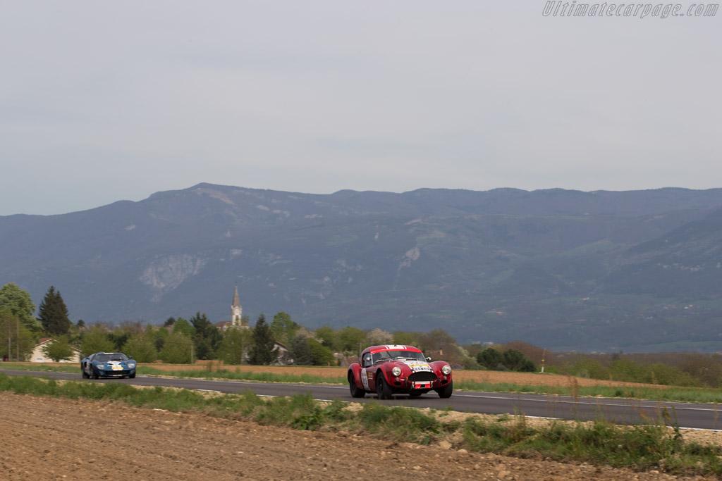 AC Shelby Cobra - Chassis: CSX2130 - Driver: Shaun Lynn / Kevin Kivlochan  - 2014 Tour Auto