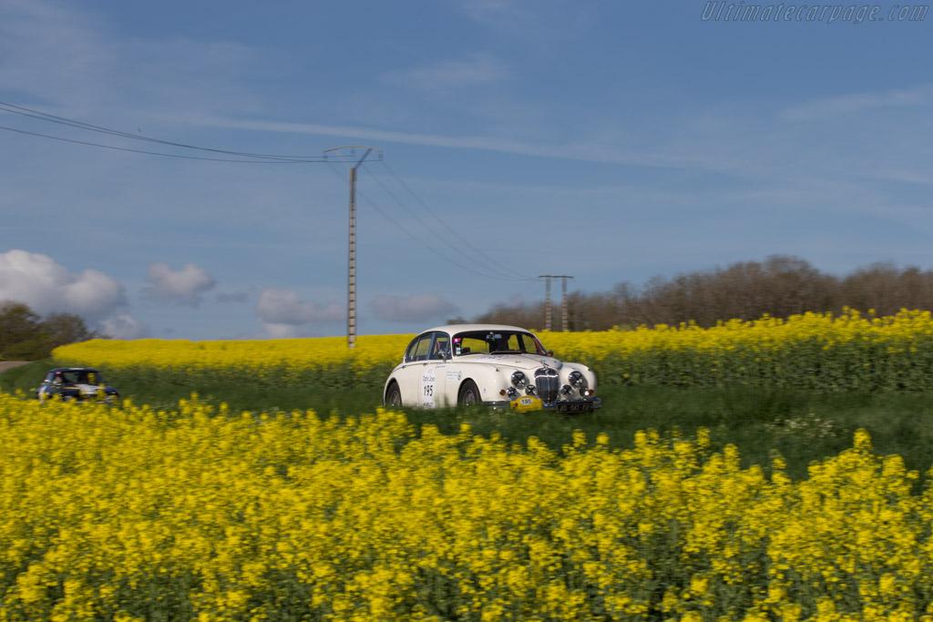Jaguar Mk II  - Driver: Simon Nobili / Philippe Valdain  - 2014 Tour Auto