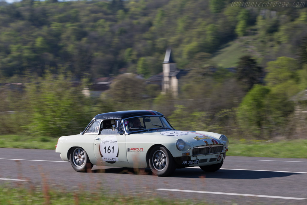 MG B - Chassis: GHN3/47077 - Driver: Moz / Capucine Gaspard-Huit  - 2014 Tour Auto
