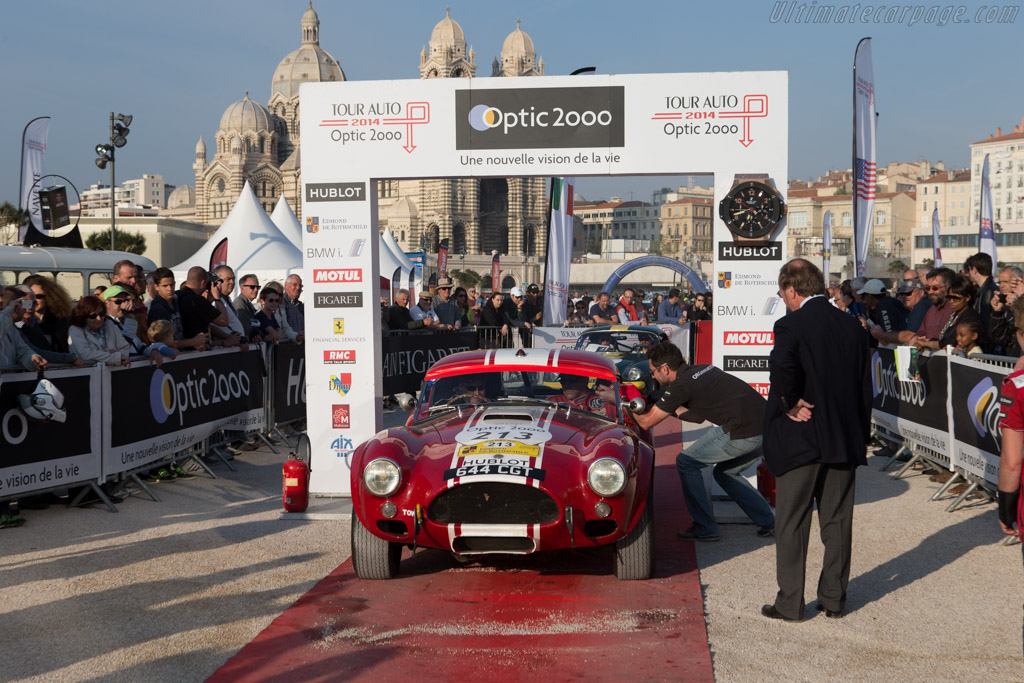 Tour Auto Winning AC Shelby Cobra - Chassis: CSX2130 - Driver: Shaun Lynn / Kevin Kivlochan  - 2014 Tour Auto