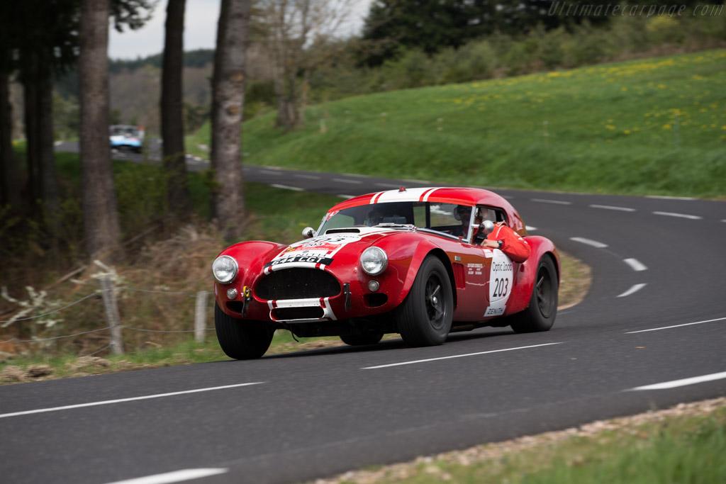 AC Shelby Cobra Le Mans - Chassis: CSX2130 - Driver: Sean Lynn / Kevin Kivlochan  - 2015 Tour Auto