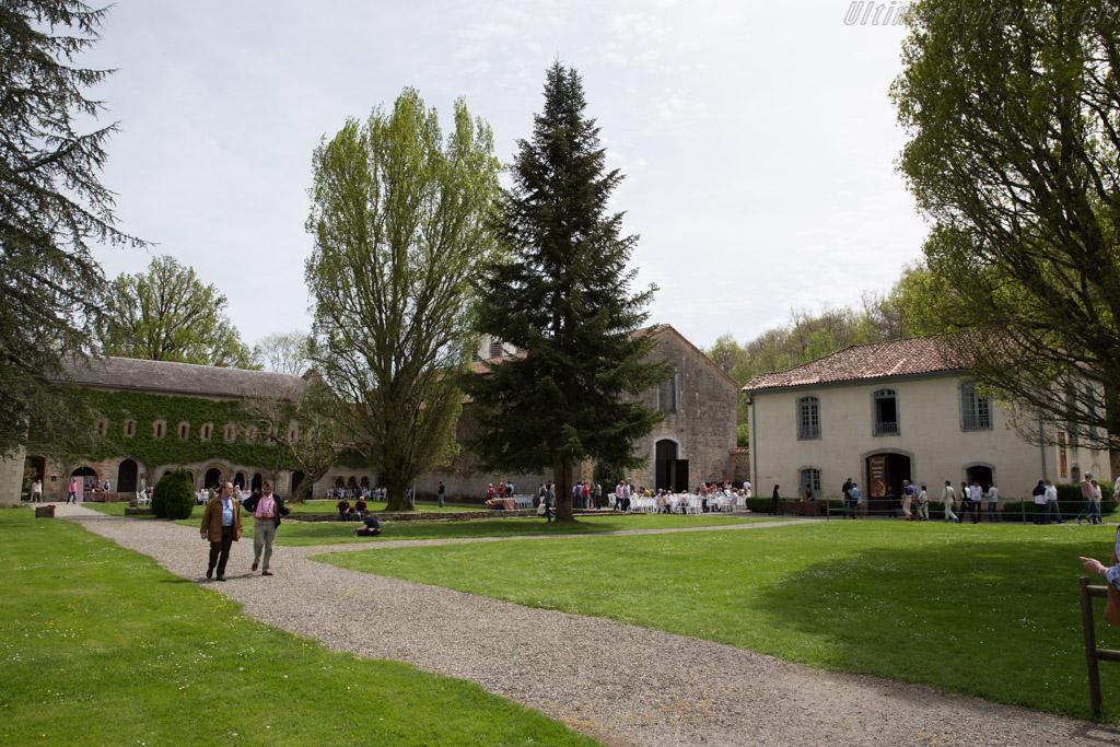 Abbaye de l'Escadieu    - 2015 Tour Auto