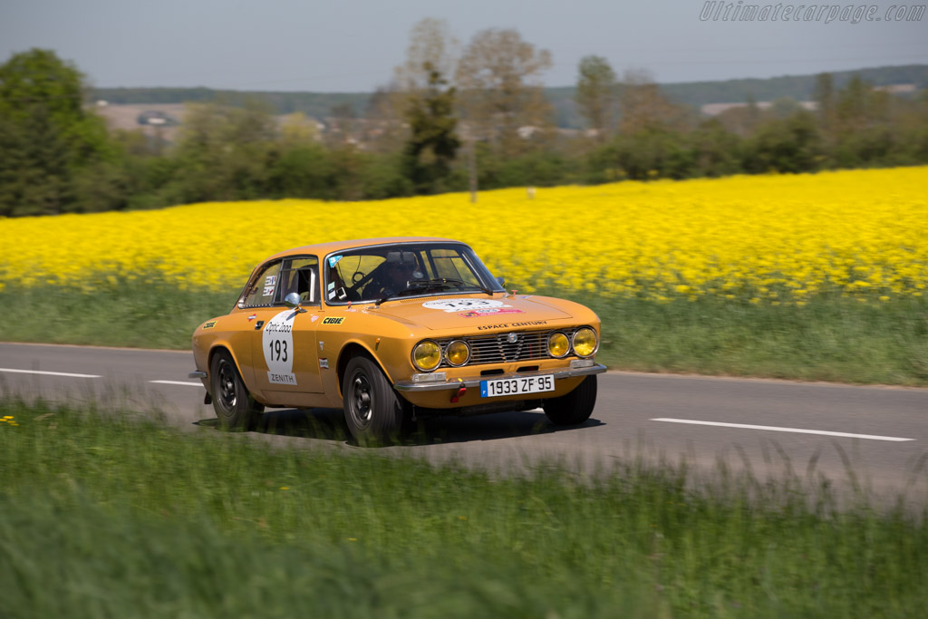 Alfa Romeo 2000 GTV - Chassis: 10521 - Driver: Pierre Adamski / Laurence Clement  - 2015 Tour Auto