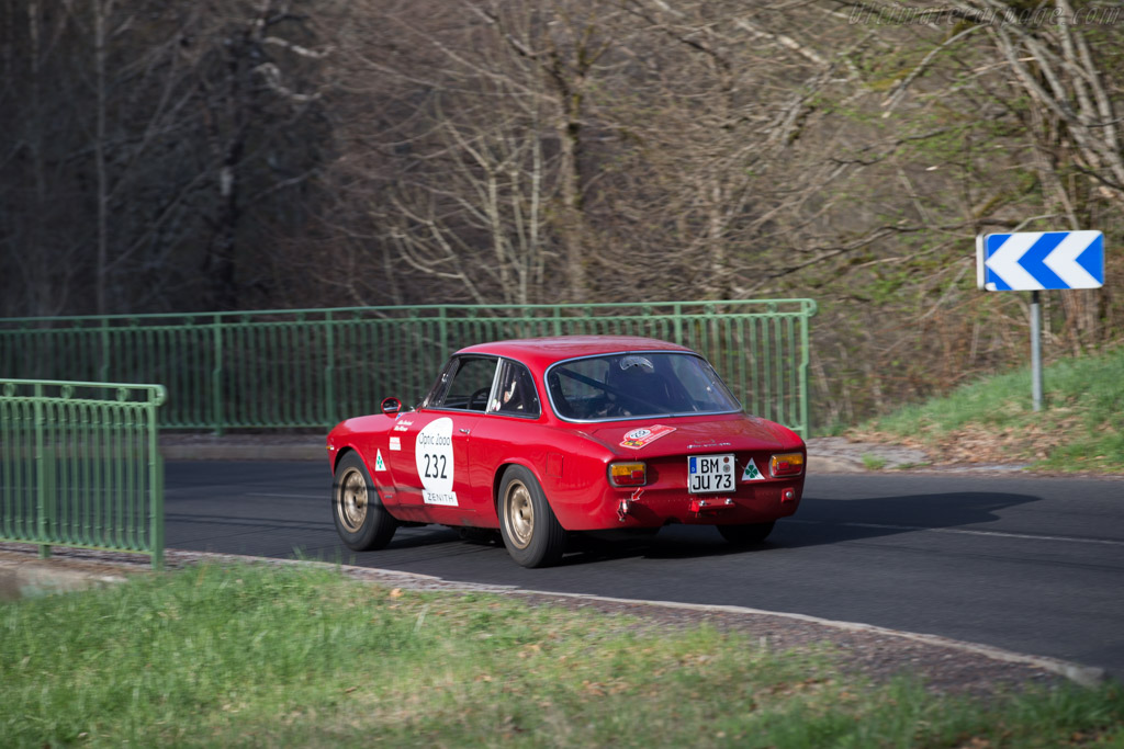 Alfa Romeo Giulia GTA 79242 on alfa romeo sprint