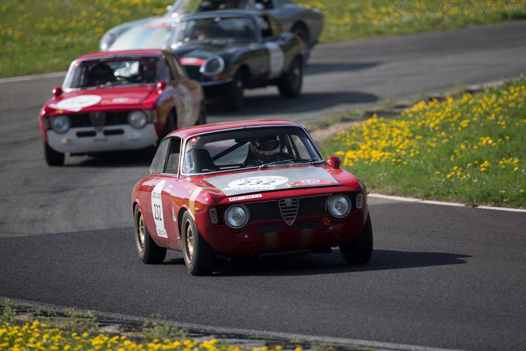 Alfa Romeo Giulia GTA - Chassis: AR613038 - Driver: Alex Furiani / Max Werner  - 2015 Tour Auto