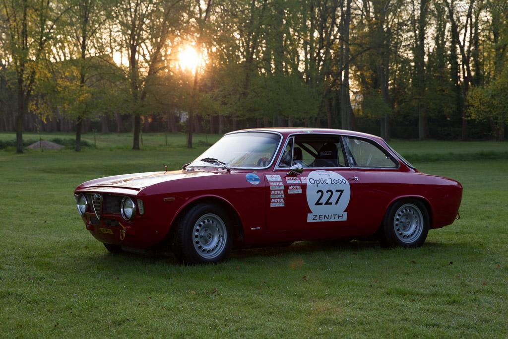 Alfa romeo giulia car and driver 11