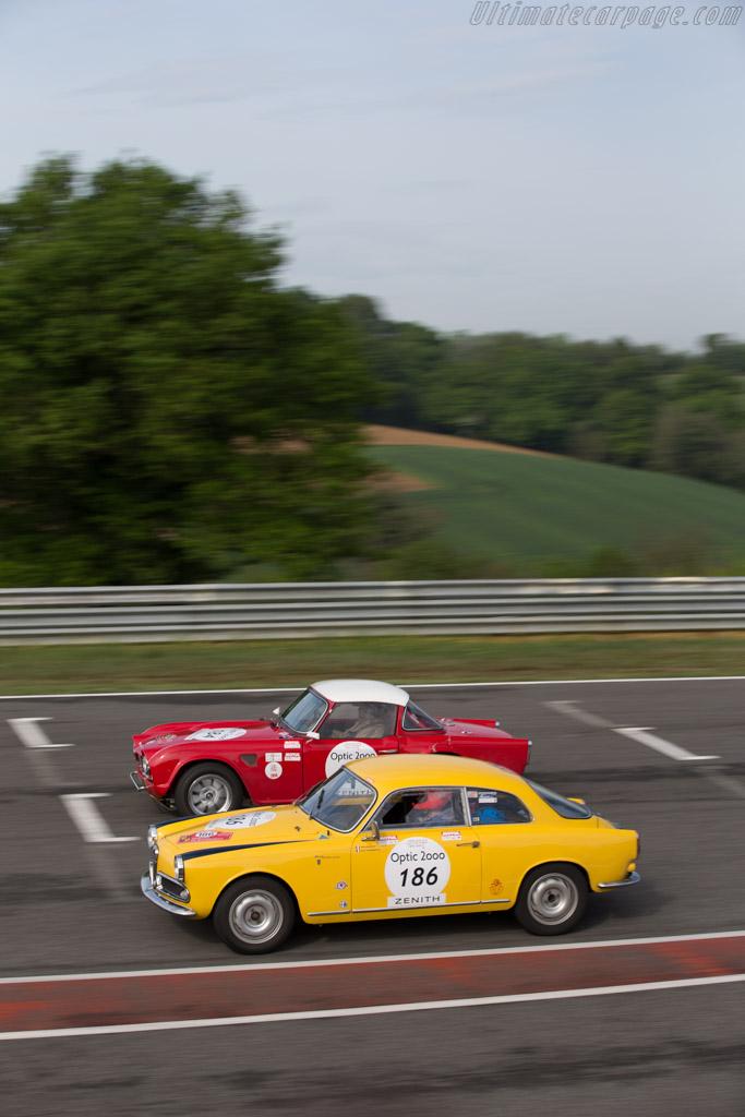 Alfa Romeo Giulietta Sprint Veloce - Chassis: AR160612 - Driver: Alexis Raoux / Henri Teisserenc  - 2015 Tour Auto