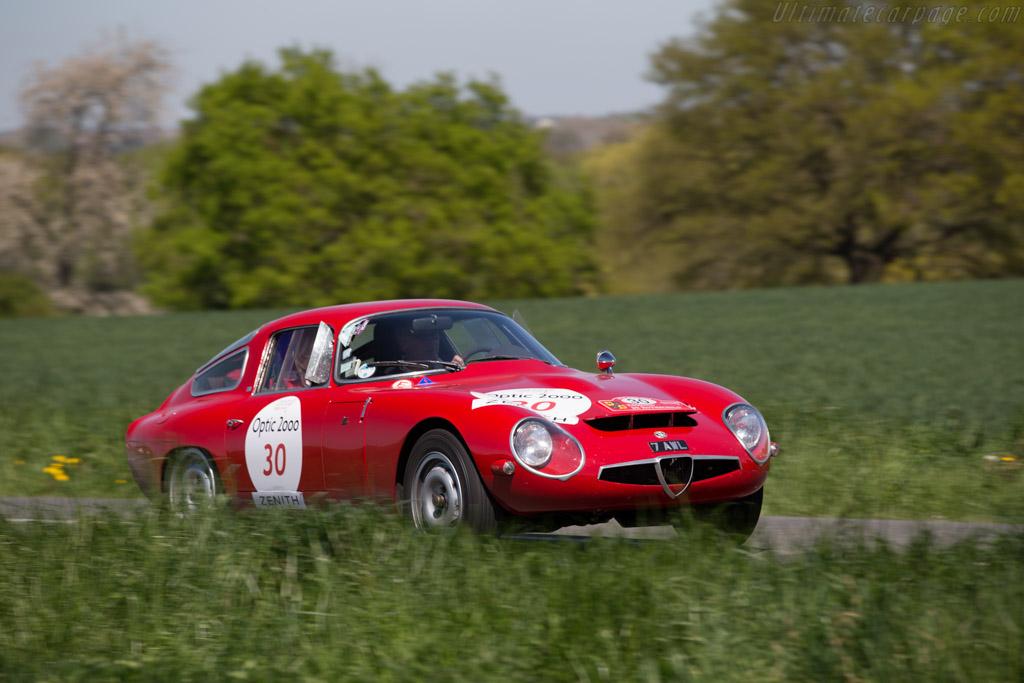 Alfa Romeo TZ - Chassis: AR750080 - Driver: John Bennett / Susan Bennett  - 2015 Tour Auto
