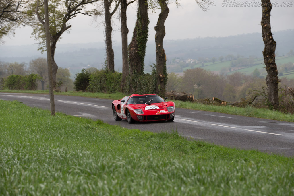 Ford GT40 - Chassis: GT40P/1070 - Driver: Richard Meins / Timothy Huxley  - 2015 Tour Auto