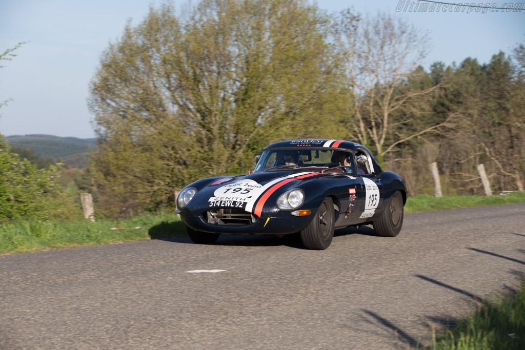 Jaguar E-Type 3.8  - Driver: Caroline de Villaucourt / Sophie Caron  - 2015 Tour Auto
