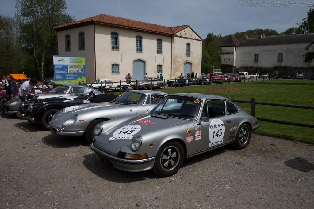 Porsche 911 S 2.4L - Chassis: 911 330 0418 - Driver: Mathieu Gautrin / Norbert Gautrin  - 2015 Tour Auto