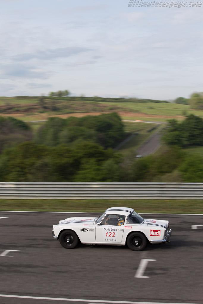 Triumph TR4  - Driver: Jean-Christophe Batteria / Isabella Leouffre  - 2015 Tour Auto