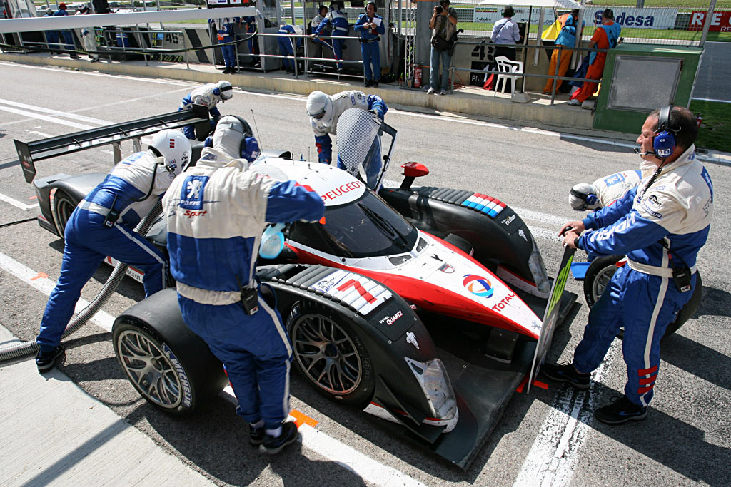Full Service - Chassis: 908-02 - Entrant: Team Peugeot Total  - 2007 Le Mans Series Valencia 1000 km