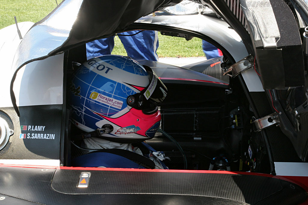 Lamy under cover - Chassis: 908-03 - Entrant: Team Peugeot Total  - 2007 Le Mans Series Valencia 1000 km