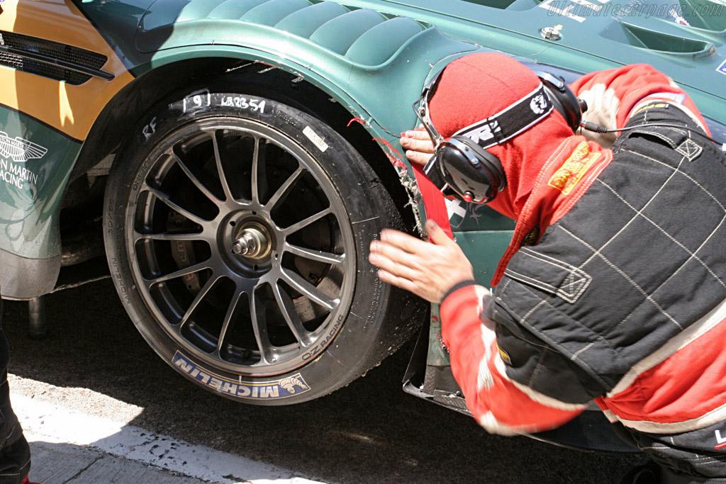 Patch 'm up - Chassis: DBR9/1 - Entrant: Aston Martin Larbre  - 2007 Le Mans Series Valencia 1000 km