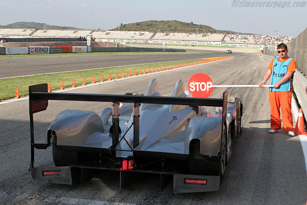 Stop-Go for Porsche punt-off - Chassis: LC70-1 - Entrant: Saulnier Racing  - 2007 Le Mans Series Valencia 1000 km