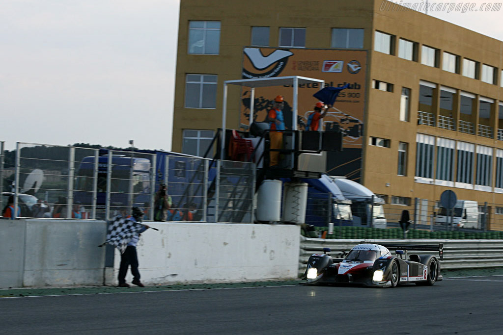 The Finish - Chassis: 908-03 - Entrant: Team Peugeot Total  - 2007 Le Mans Series Valencia 1000 km