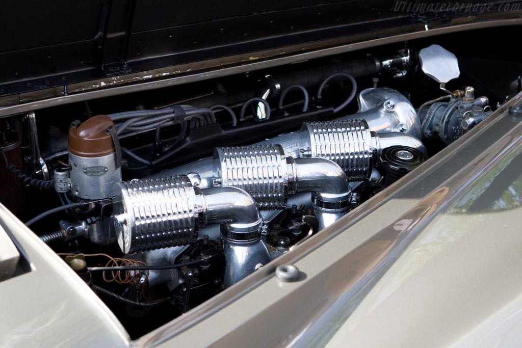 Alfa Romeo 6C 2500 SS Pinin Farina Cabriolet - Chassis: 915026   - 2008 Concorso d'Eleganza Villa d'Este