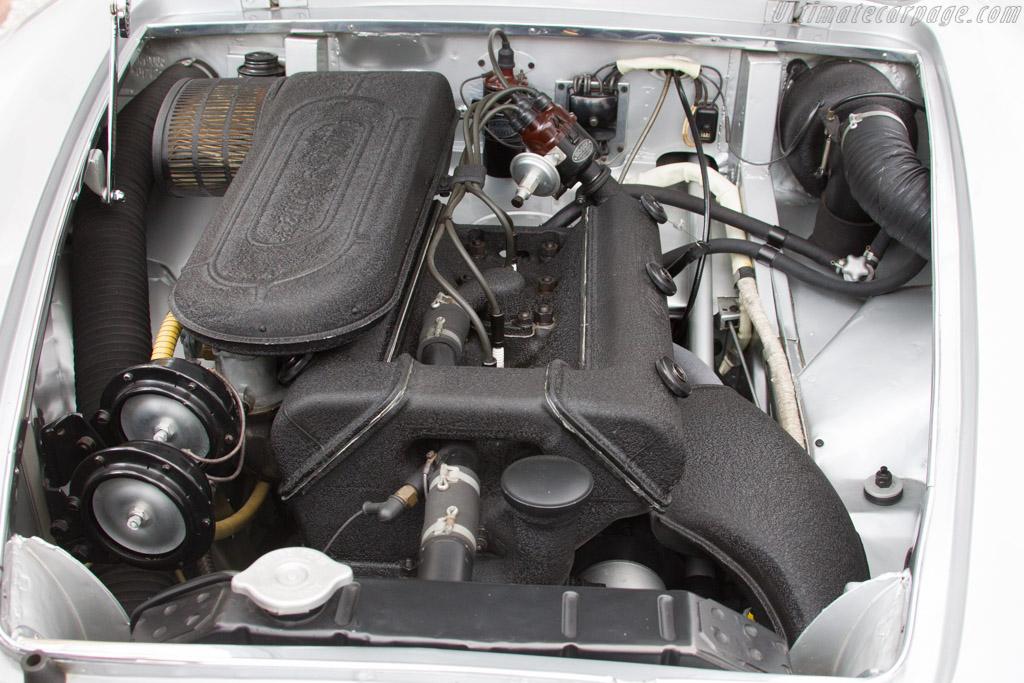 Alfa Romeo 1900C SS Ghia Coupe - Chassis: AR1900C 01742 - Entrant: Bob White  - 2015 Concorso d'Eleganza Villa d'Este