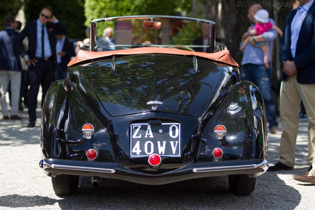 Lancia Aprilia Pinin Farina Spider - Chassis: 39-2454 - Entrant: Maria Teresa Orecchia  - 2014 Concorso d'Eleganza Villa d'Este