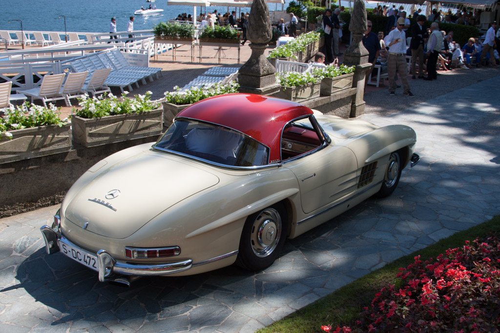 Mercedes-Benz 300 SL Roadster - Chassis: 198.042.5500285 - Entrant: Christian Kramer  - 2014 Concorso d'Eleganza Villa d'Este