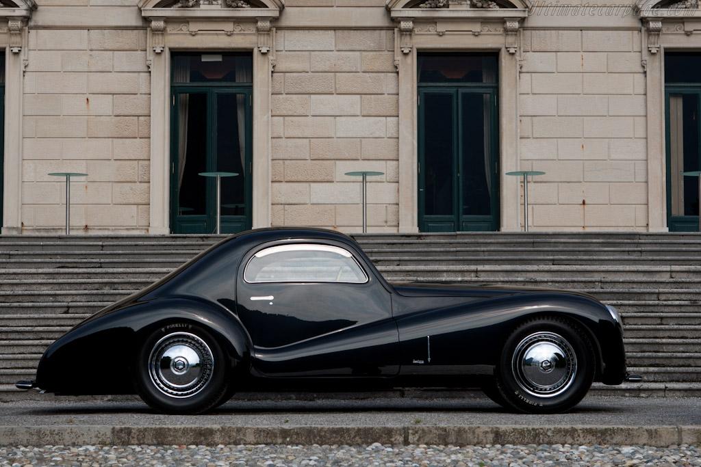 Alfa Romeo 6C 2500 SS Bertone Coupe - Chassis: 915516   - 2011 Concorso d'Eleganza Villa d'Este