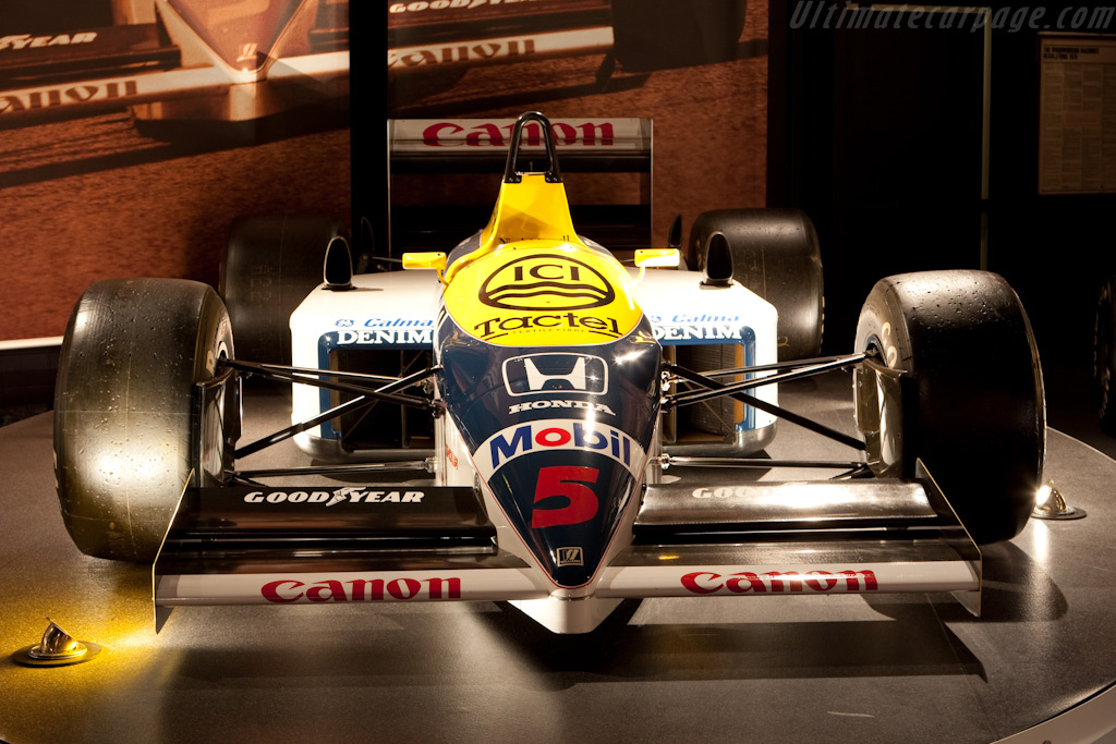 Williams FW11 Honda    - Four Decades of Williams in Formula 1
