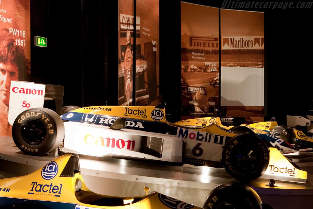 Williams FW11B Honda    - Four Decades of Williams in Formula 1