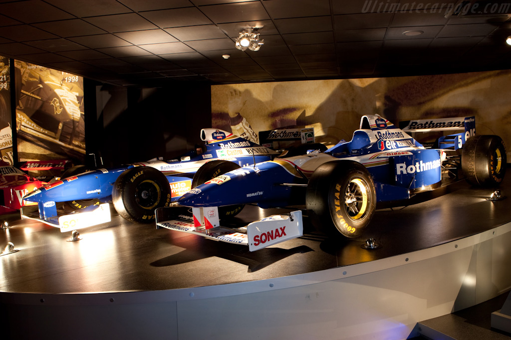 Williams FW18 and FW19 Renault    - Four Decades of Williams in Formula 1