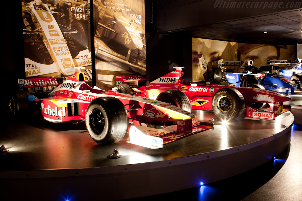 Williams FW21 Supertech and FW20 Mecachrome    - Four Decades of Williams in Formula 1