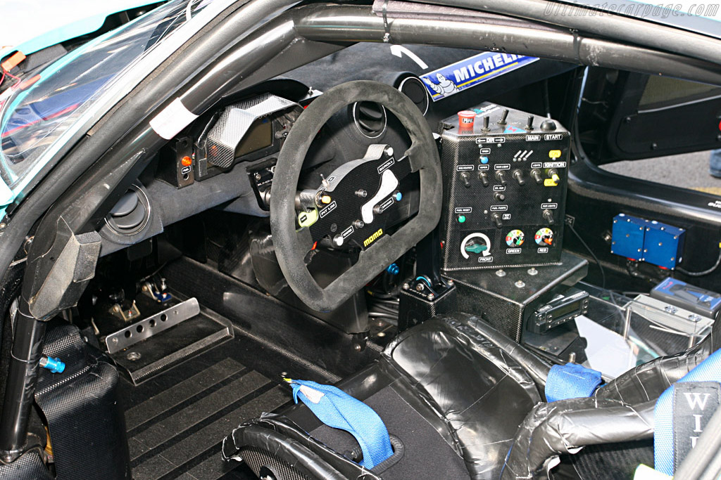The office - Chassis: 15445   - 2007 FIA GT Zolder