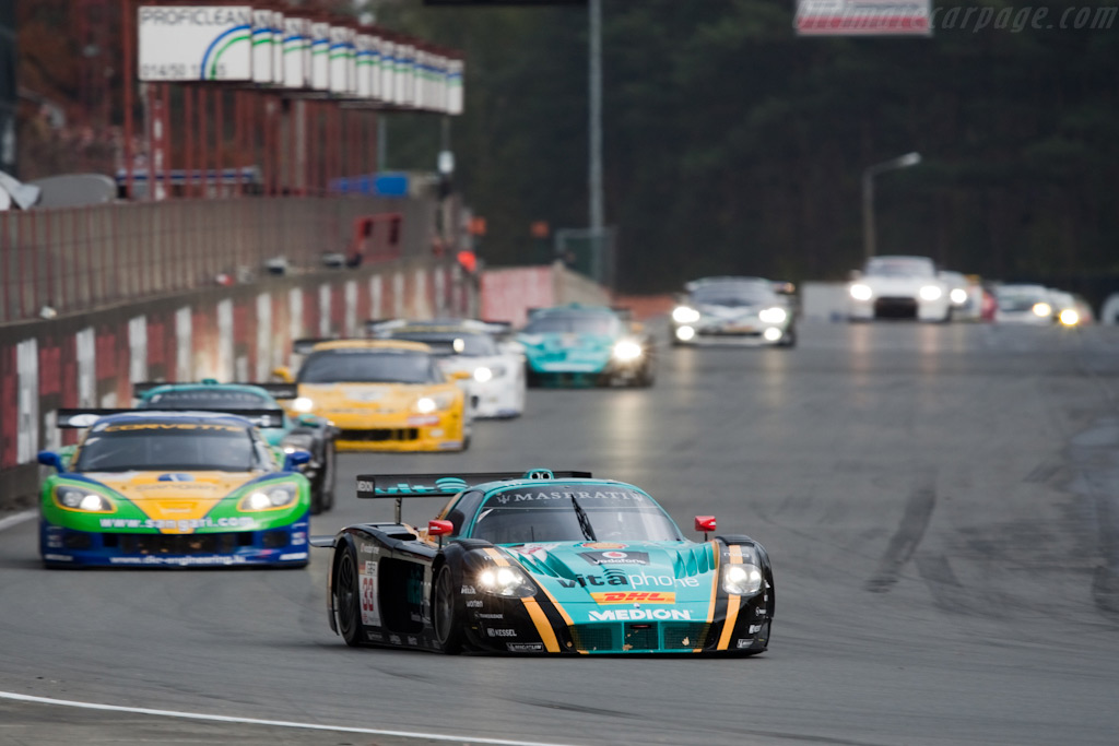Pier Guidi takes the lead - Chassis: 15439  - 2009 FIA GT Zolder