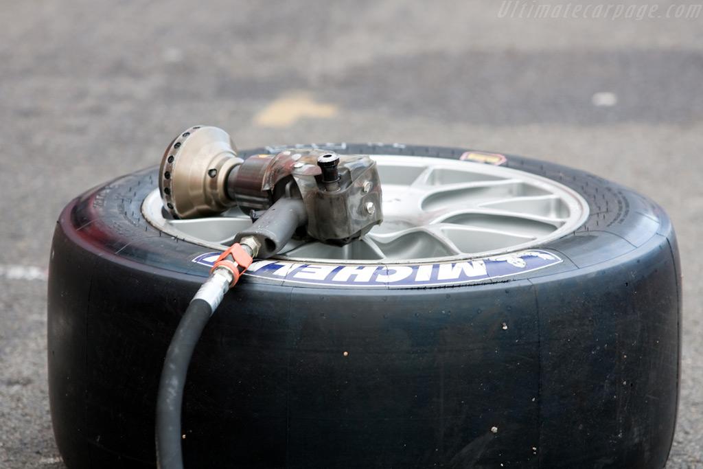 Pit art    - 2009 FIA GT Zolder