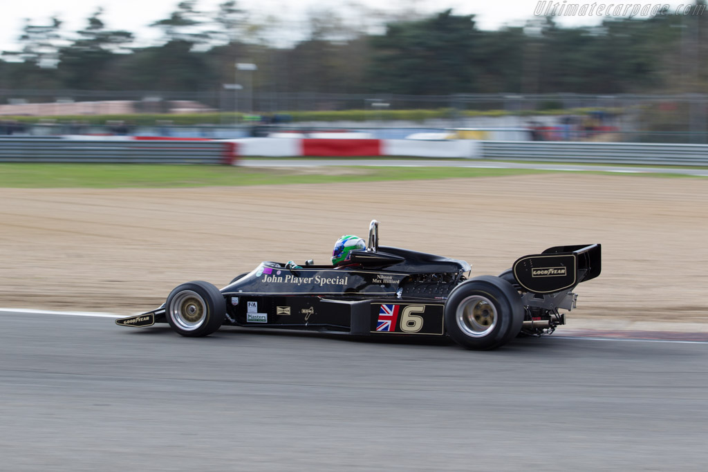 Lotus 77 Cosworth - Chassis: JPS12 - Driver: Max Smith-Hilliard  - 2016 Zolder Masters Festival