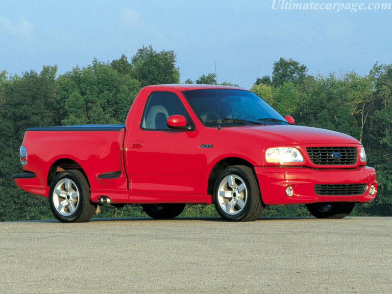 2005 Ford F150 SVT Lightning VS 2005 Chevy Silverado SS SVT LIGHTNING: