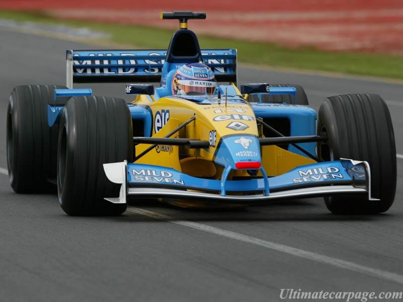 Renault F1, equipe histórica de Formula 1 de 2002 - by ultimatecarpage.com