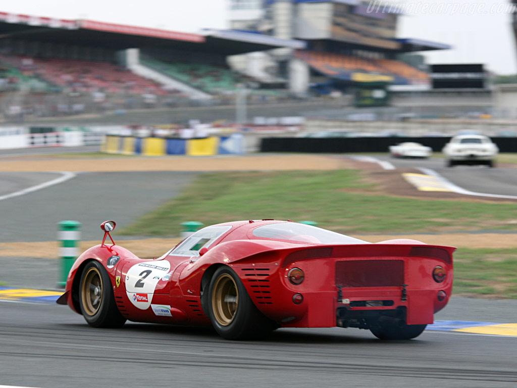 http://www.ultimatecarpage.com/images/large/1680/Ferrari-330-P3_14.jpg