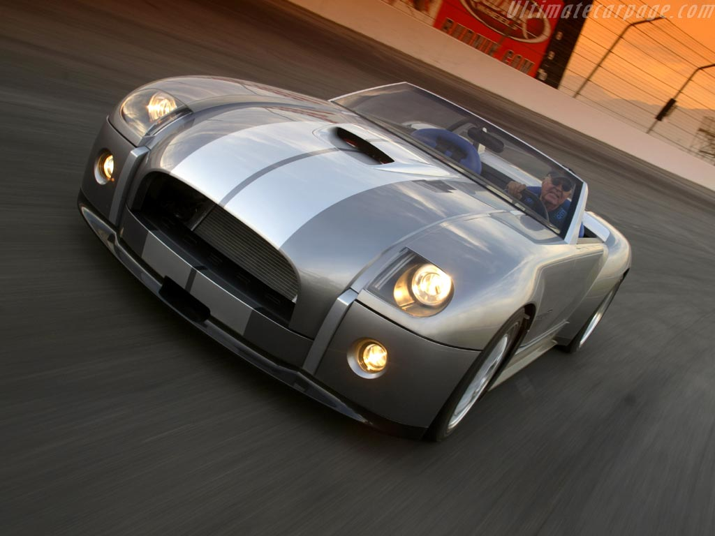 Ford Shelby Cobra фото #1.