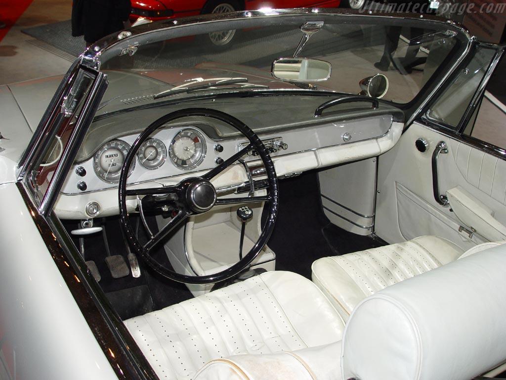 BMW 3200 CS Cabriolet High Resolution Image (3 of 3)