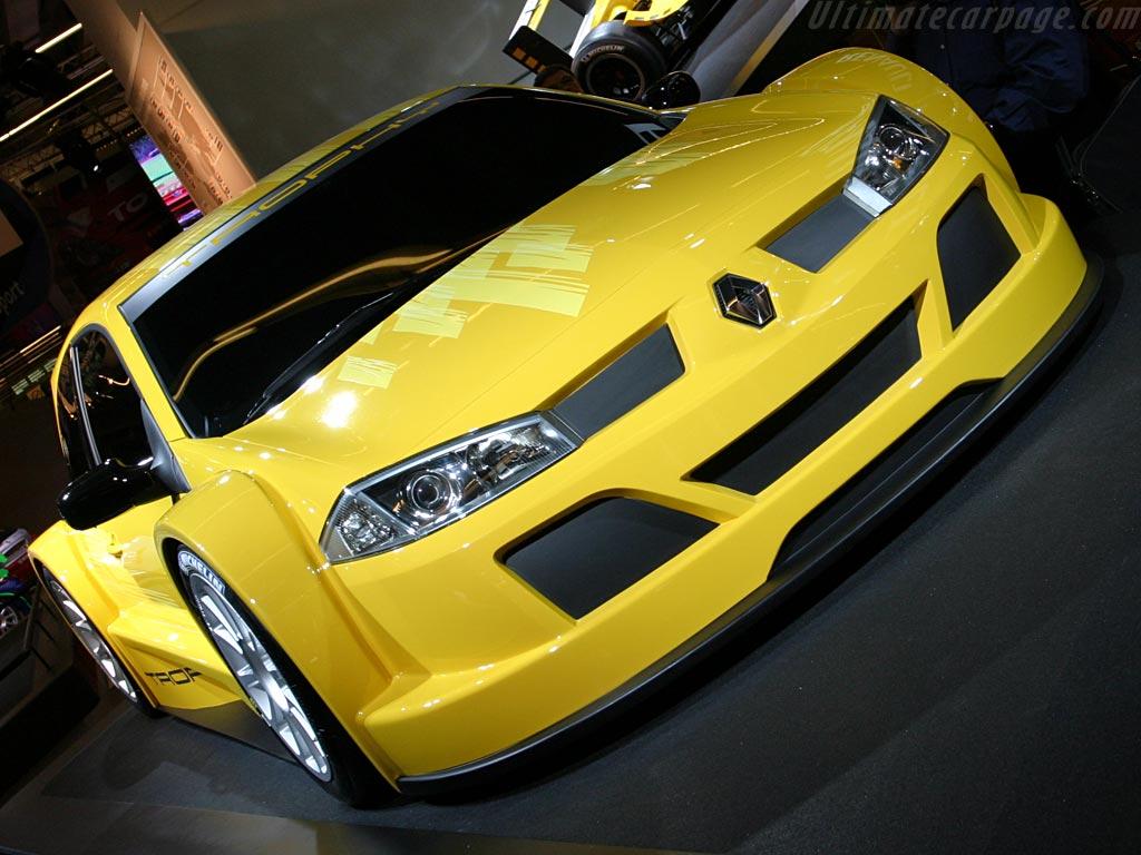 http://www.ultimatecarpage.com/images/large/2117/Renault-Megane-Trophy_2.jpg
