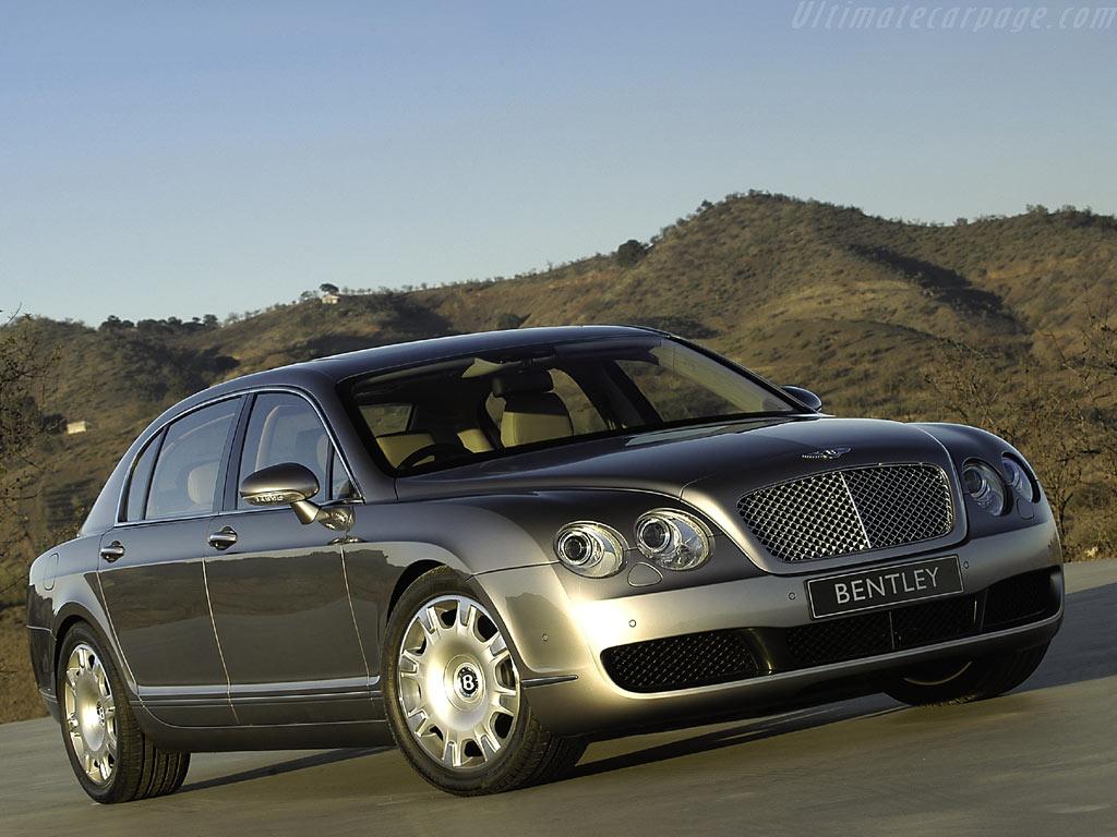 Внедорожник Bentley с двигателем…