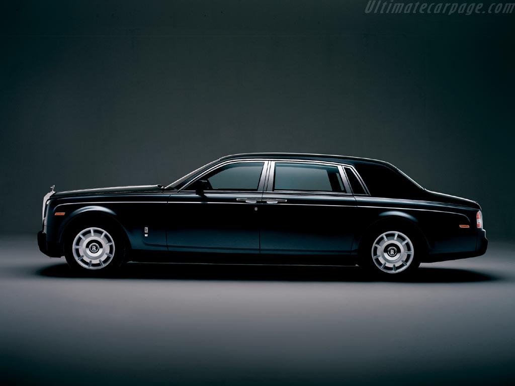 Rolls-Royce Phantom LWB High Resolution Image (1 of 3)