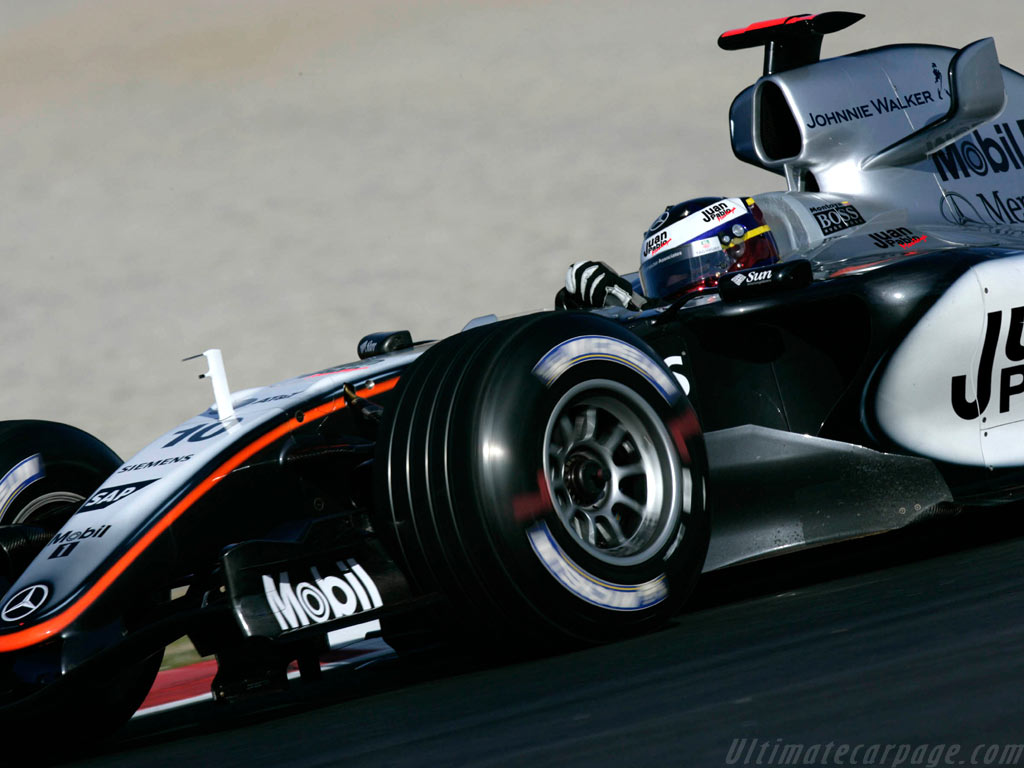 McLaren MP4-20 Mercedes High Resolution Image (4 of 6)