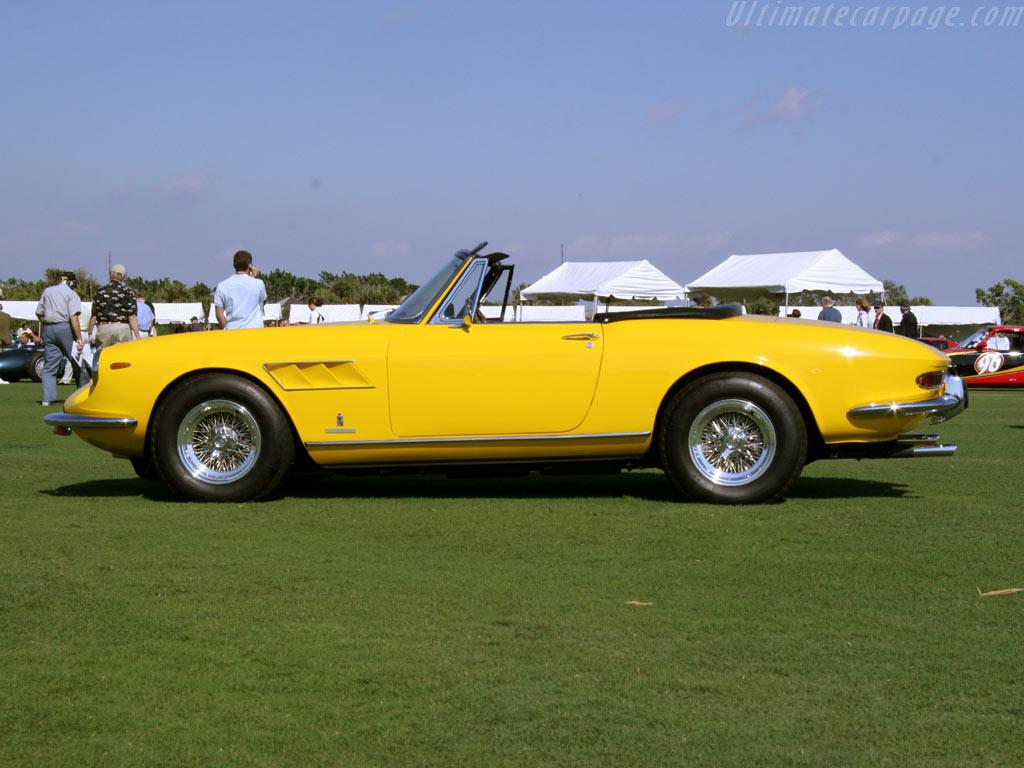 1966 / 1968) Ferrari 330 GTS - forza-rossa.over-blog.com