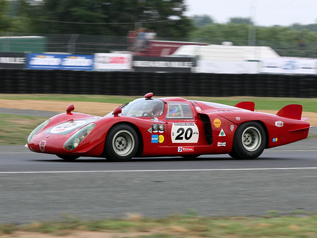 AUTOart 118 Alfa Romeo TZ2 1965 red  amazoncom