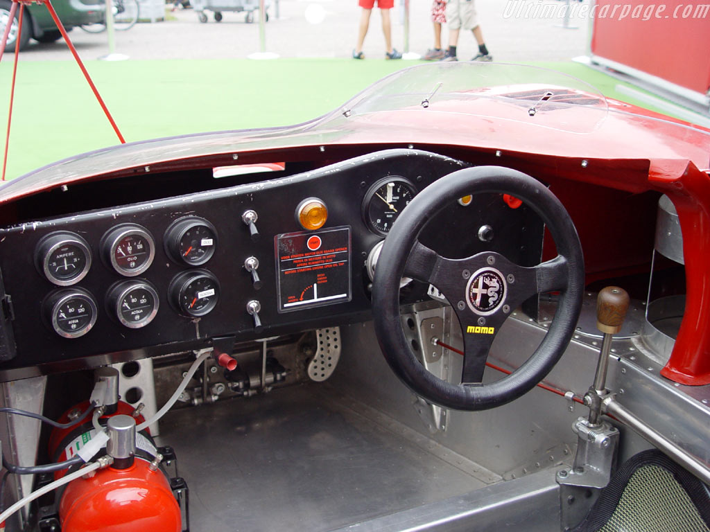 Alfa Romeo T33/3 Spider High Resolution Image (5 of 6)
