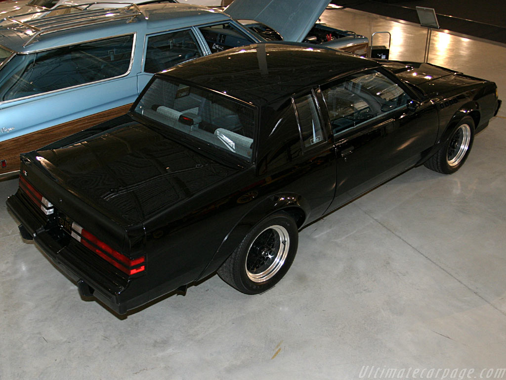Buick Grand National Gnx High Resolution Image 2 Of 4